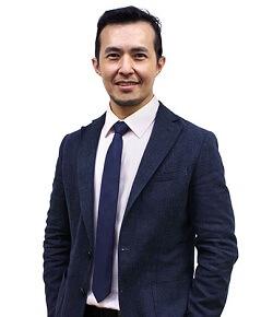 Dr. Warren Lo Hwa Loon