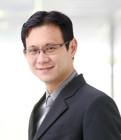 Dr. Yaw Chong Hwa